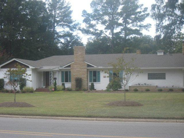 1741 NW Nash Street NW, Wilson, NC 27893 (MLS #60053666) :: Century 21 Sweyer & Associates