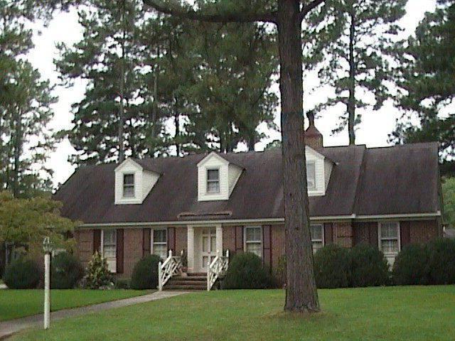 1101 NW Knollwood Drive NW, Wilson, NC 27896 (MLS #60054566) :: Century 21 Sweyer & Associates