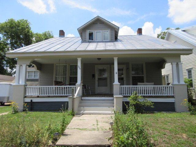 704 E Main Street, Washington, NC 27889 (MLS #70032281) :: Century 21 Sweyer & Associates