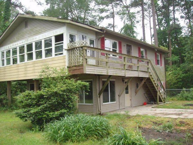 108 Pine Drive, Belhaven, NC 27810 (MLS #70033287) :: Century 21 Sweyer & Associates