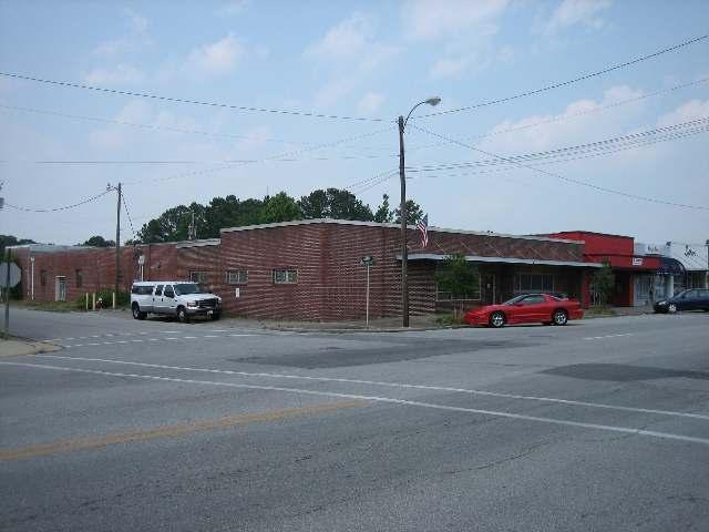 701 New Bridge Street, Jacksonville, NC 28546 (MLS #80070293) :: Century 21 Sweyer & Associates