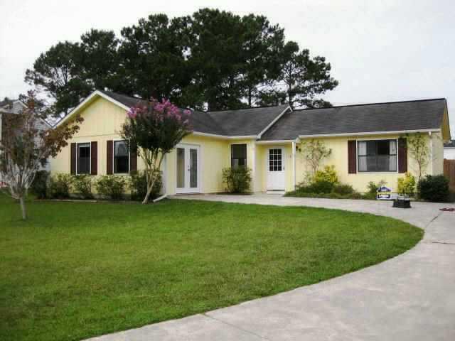 107 Pine Needle Drive, Hubert, NC 28539 (MLS #80103944) :: Century 21 Sweyer & Associates