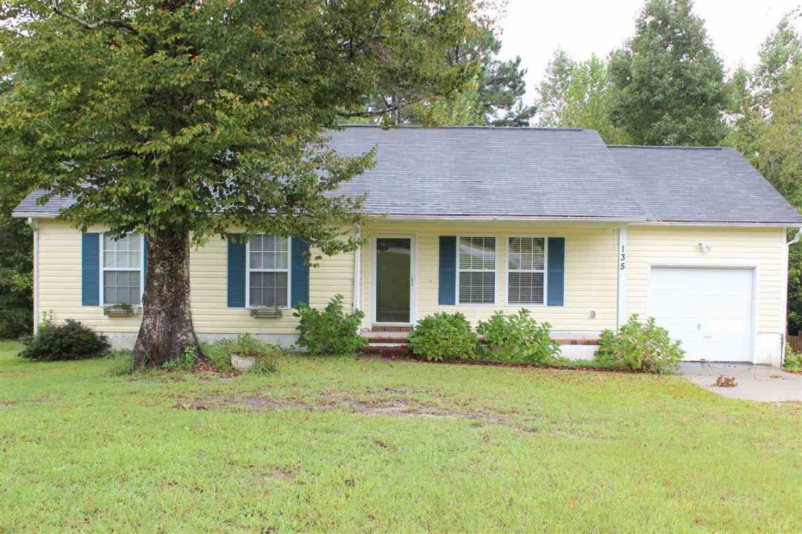 135 Constitution Avenue, Jacksonville, NC 28540 (MLS #80171132) :: Century 21 Sweyer & Associates