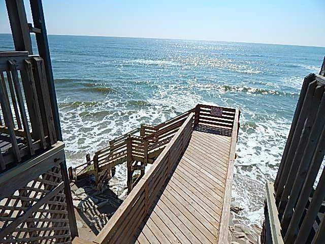 2264 New River Inlet Road #204, North Topsail Beach, NC 28460 (MLS #80175610) :: Century 21 Sweyer & Associates
