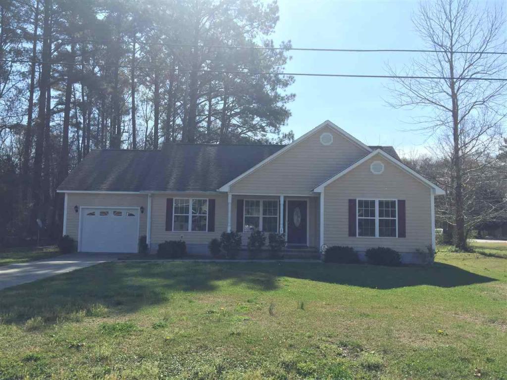 6 Mcarthur Drive, Jacksonville, NC 28546 (MLS #80175993) :: Century 21 Sweyer & Associates
