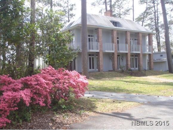 2 Wilson Point Road, Trent Woods, NC 28562 (MLS #90099232) :: Century 21 Sweyer & Associates