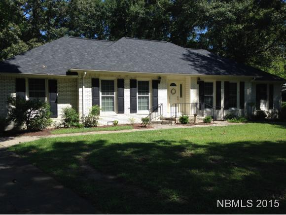 403 Plantation Drive, New Bern, NC 28562 (MLS #90101490) :: Century 21 Sweyer & Associates