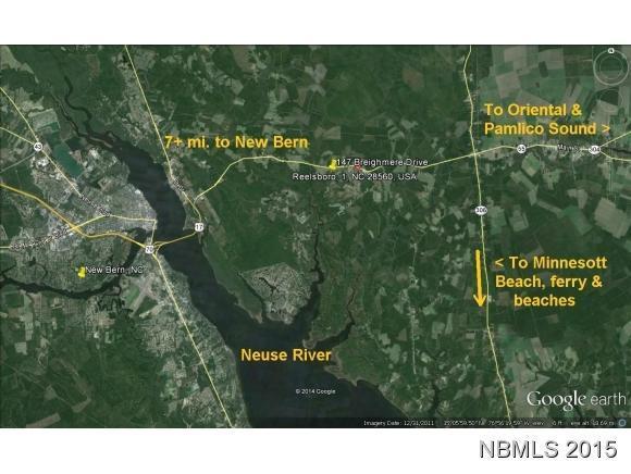 330 Breighmere Drive, New Bern, NC 28560 (MLS #90102059) :: Century 21 Sweyer & Associates