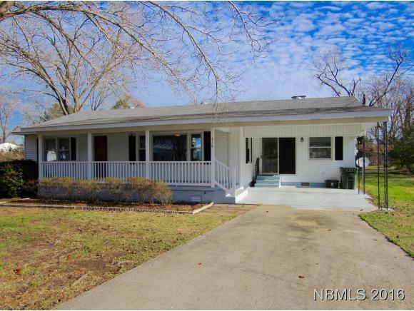 316 2ND Avenue, Vanceboro, NC 28586 (MLS #90102363) :: Century 21 Sweyer & Associates