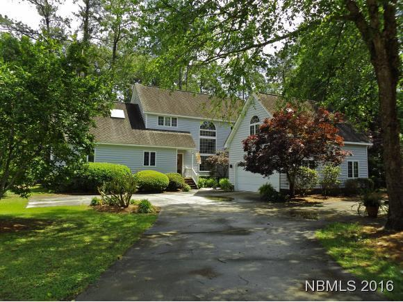520 Haywood Creek Drive, Trent Woods, NC 28562 (MLS #90102590) :: Century 21 Sweyer & Associates