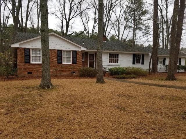 706 Mcneill Drive, Laurinburg, NC 28352 (MLS #96036791) :: David Cummings Real Estate Team