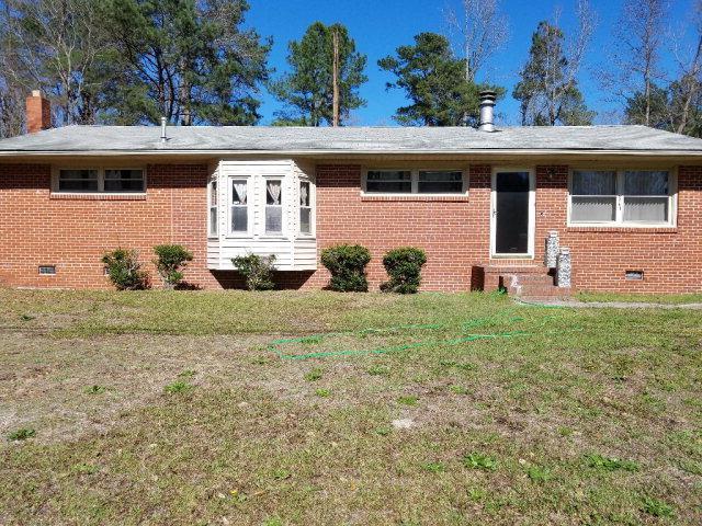 8561 Peeles Chapel Road, Laurel Hill, NC 28351 (MLS #96036918) :: Century 21 Sweyer & Associates