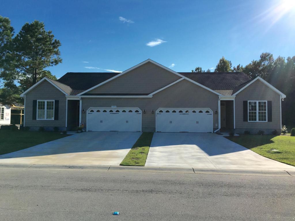 1105 Mickelson Way B, Morehead City, NC 28557 (MLS #100001782) :: Century 21 Sweyer & Associates