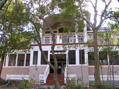 111 N Bald Head Wynd, Bald Head Island, NC 28461 (MLS #100005674) :: Century 21 Sweyer & Associates
