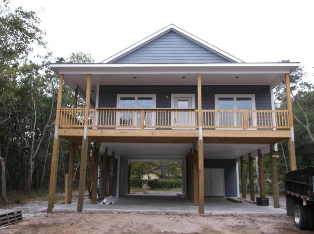 161 NE 2nd Street, Oak Island, NC 28465 (MLS #100006879) :: Century 21 Sweyer & Associates