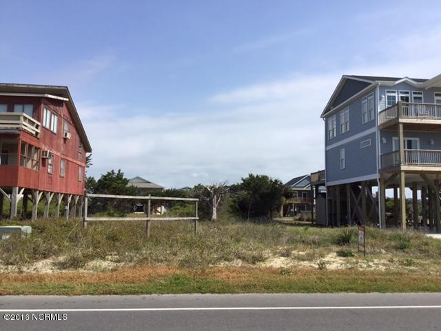 1008 W Beach Drive, Oak Island, NC 28465 (MLS #100009803) :: Century 21 Sweyer & Associates