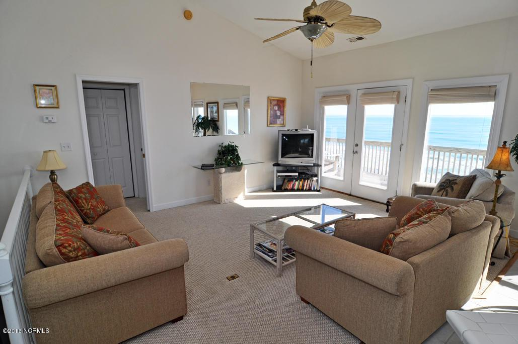 407 N Anderson, Topsail Beach, NC 28445 (MLS #100013655) :: Century 21 Sweyer & Associates