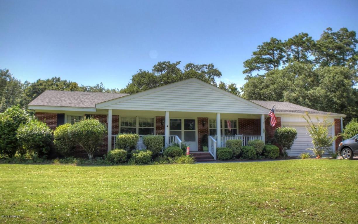 204 Lockwood Drive, Morehead City, NC 28557 (MLS #100015815) :: Century 21 Sweyer & Associates