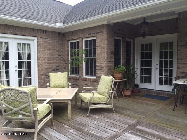421 Shoreside Drive, Swansboro, NC 28584 (MLS #100017806) :: Century 21 Sweyer & Associates