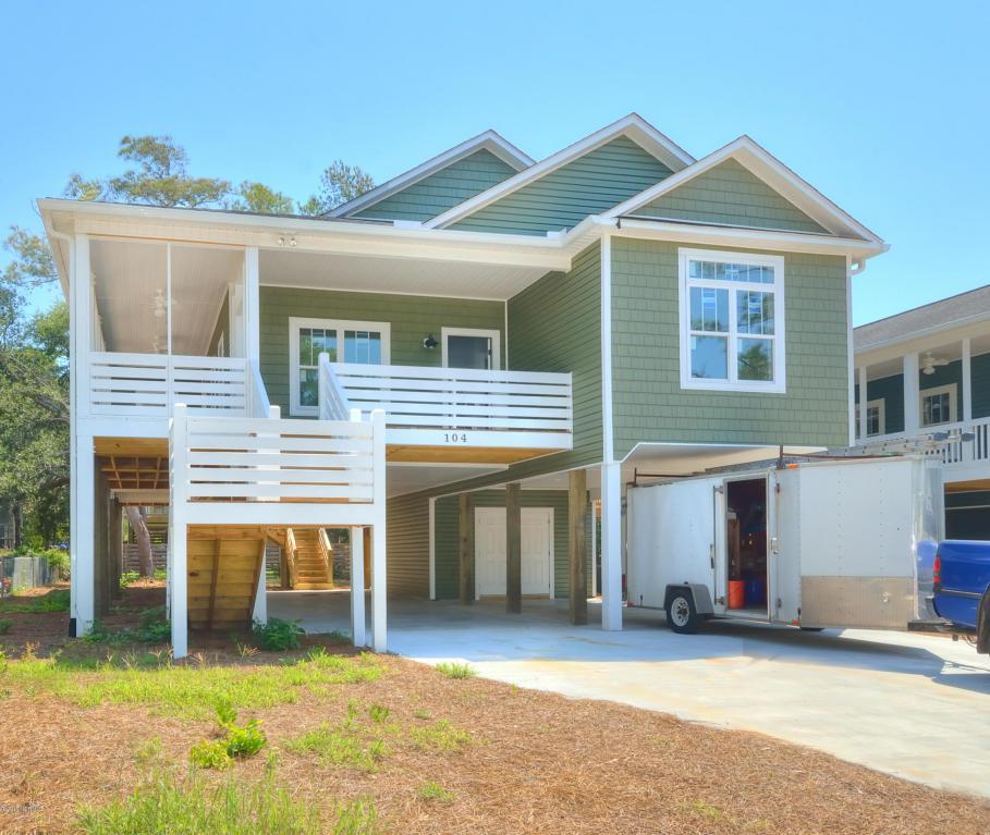 104 NE 35th Street, Oak Island, NC 28465 (MLS #100018385) :: Century 21 Sweyer & Associates