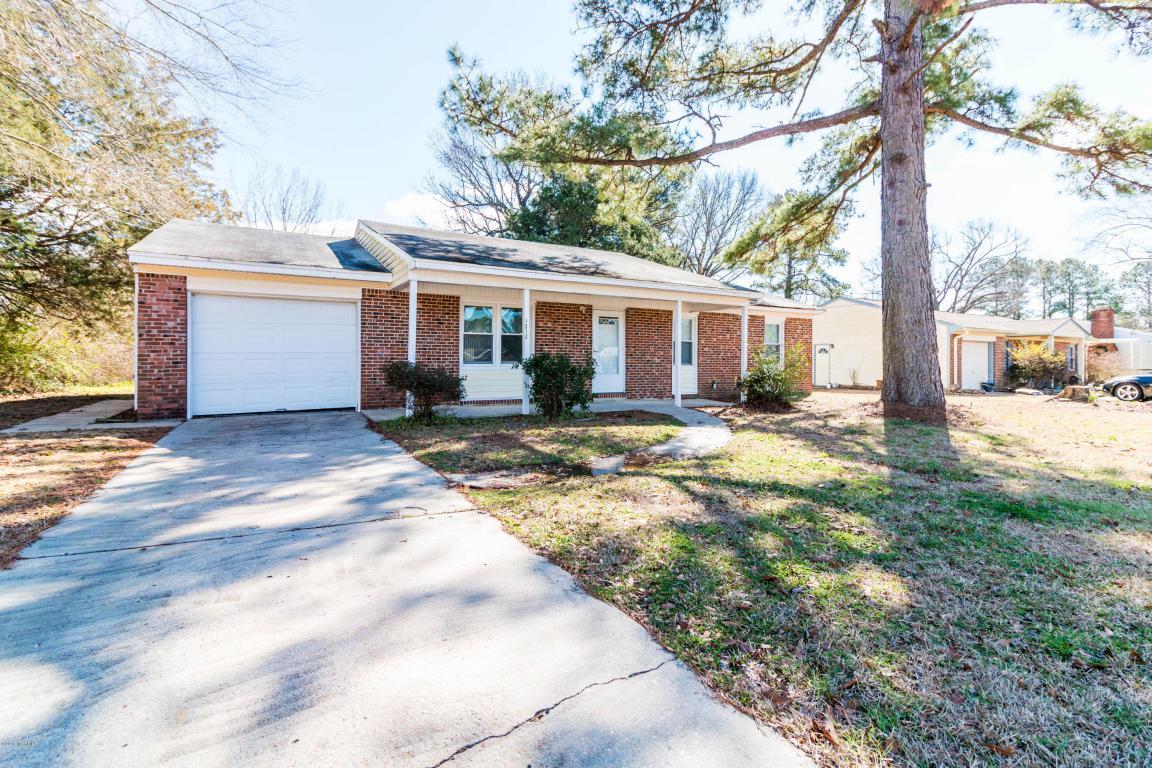 1212 Castle Drive, Jacksonville, NC 28546 (MLS #100019023) :: Century 21 Sweyer & Associates