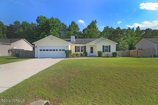 147 Wheaton Drive, Richlands, NC 28574 (MLS #100019414) :: Century 21 Sweyer & Associates