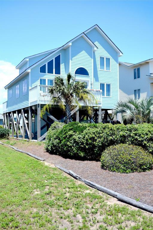 2521 W Dolphin Drive, Oak Island, NC 28465 (MLS #100020474) :: Century 21 Sweyer & Associates