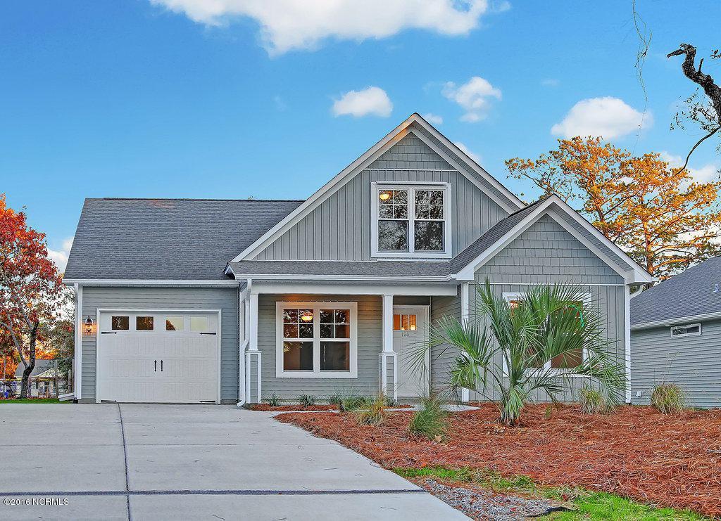 159 NE 19th Street, Oak Island, NC 28465 (MLS #100021487) :: Century 21 Sweyer & Associates