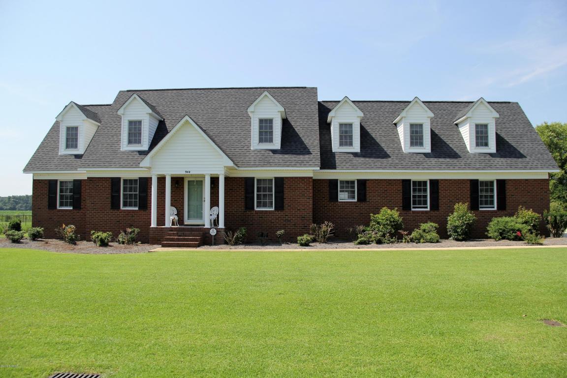 944 Fairway Road, Ayden, NC 28513 (MLS #100022344) :: Century 21 Sweyer & Associates