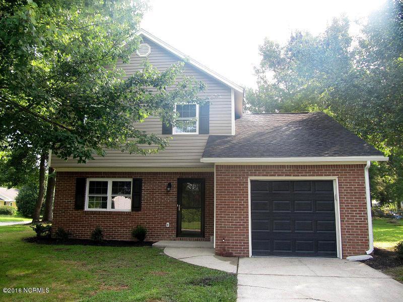 94 Summer Lane, Jacksonville, NC 28540 (MLS #100023175) :: Century 21 Sweyer & Associates