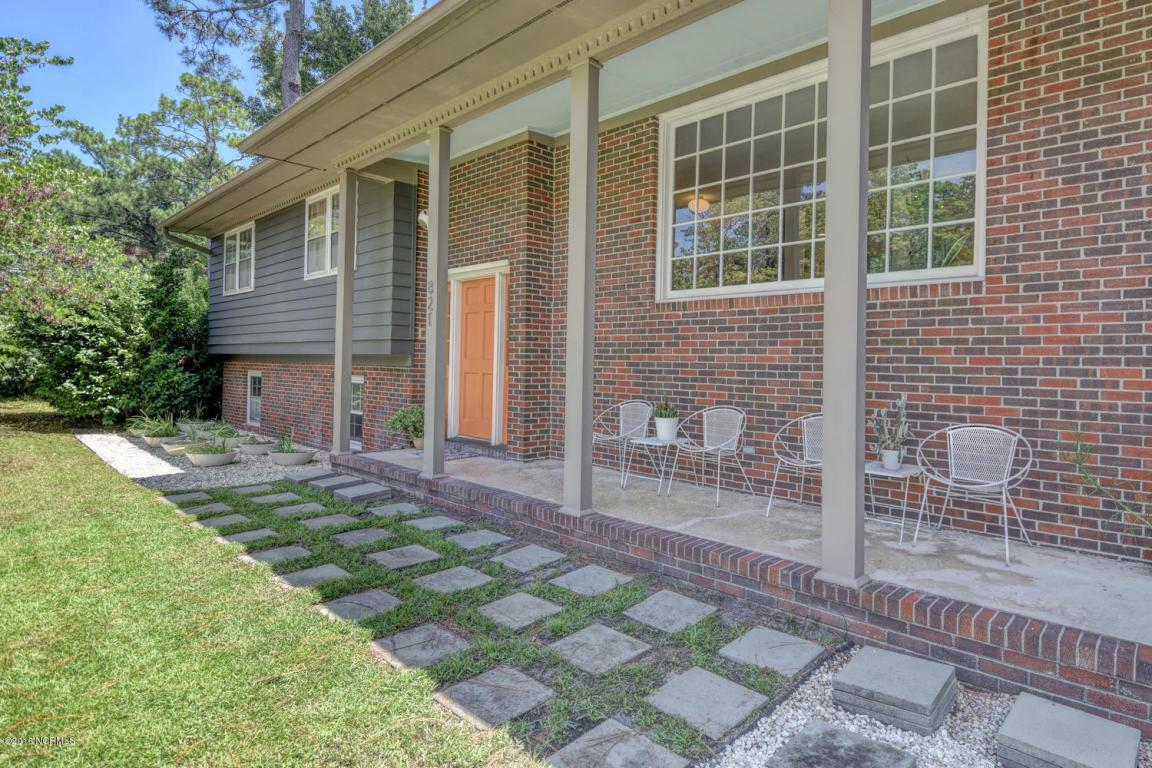 821 Cascade Road, Wilmington, NC 28409 (MLS #100023733) :: Century 21 Sweyer & Associates