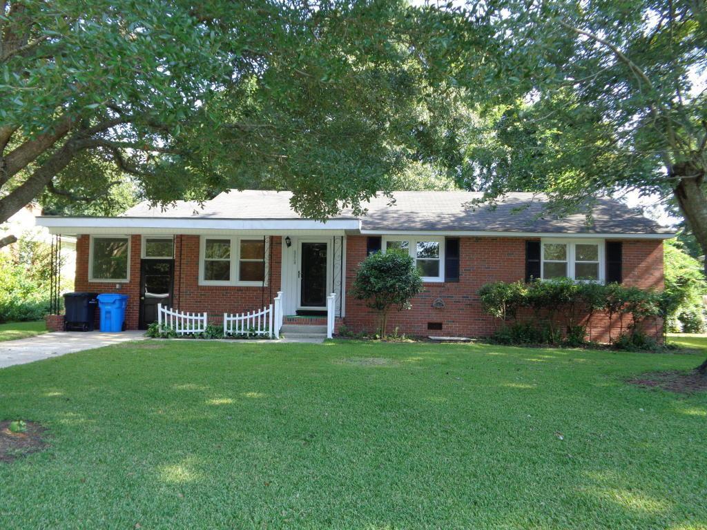 1004 River Street, Jacksonville, NC 28540 (MLS #100023751) :: Century 21 Sweyer & Associates