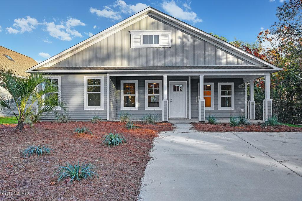 231 NE 37th Street, Oak Island, NC 28465 (MLS #100024632) :: Century 21 Sweyer & Associates