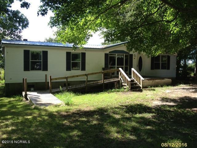 724 Bay Harbor Drive, Hampstead, NC 28443 (MLS #100025616) :: Century 21 Sweyer & Associates