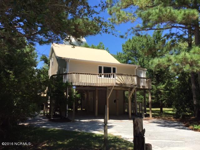 146 Sand Castle Drive, Emerald Isle, NC 28594 (MLS #100025621) :: Century 21 Sweyer & Associates