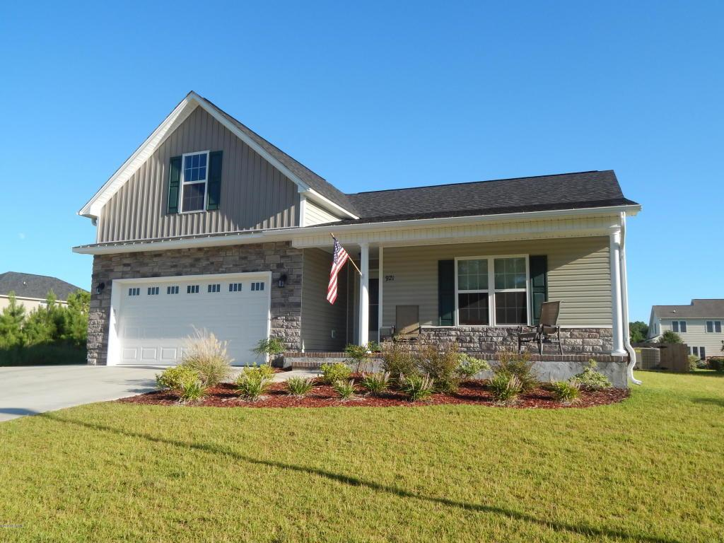 921 Eastman Creek Drive, Beaufort, NC 28516 (MLS #100025666) :: Century 21 Sweyer & Associates