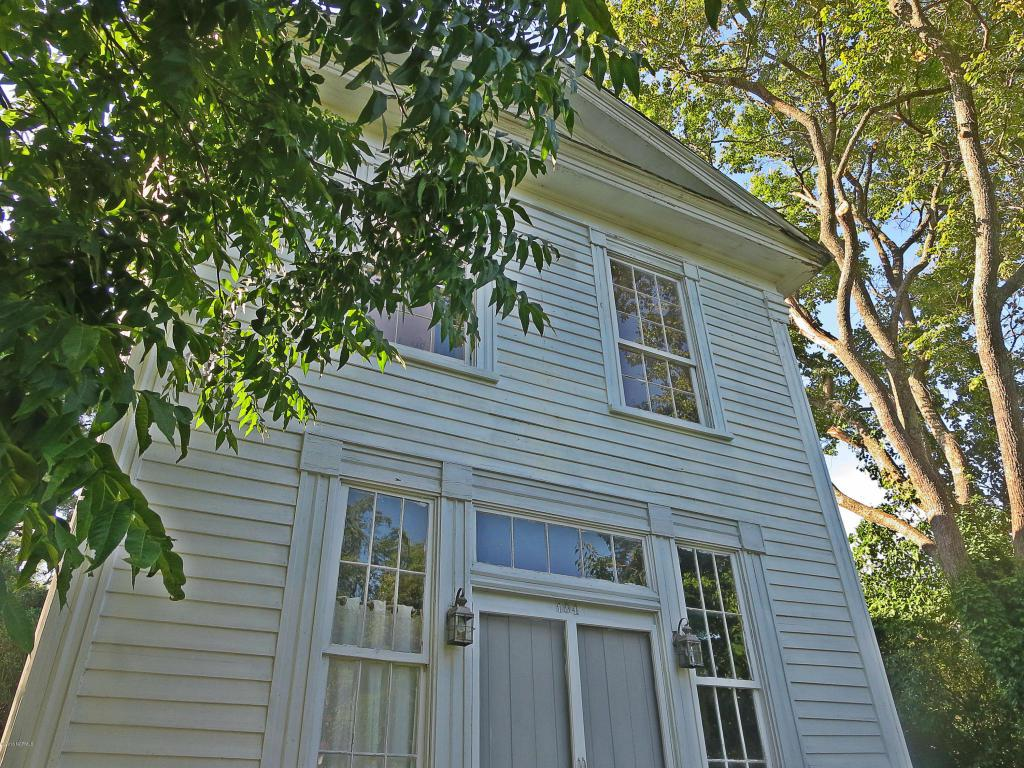 104 W Liberty Street, Hamilton, NC 27840 (MLS #100025906) :: Century 21 Sweyer & Associates