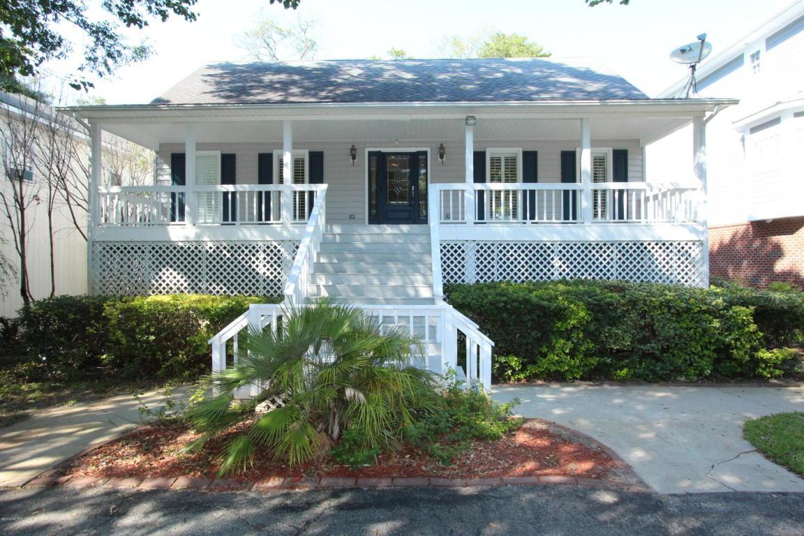 2406 E Yacht Drive, Oak Island, NC 28465 (MLS #100027003) :: Century 21 Sweyer & Associates