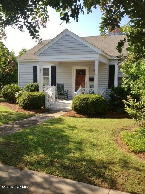 1801 Evans Street, Morehead City, NC 28557 (MLS #100027637) :: Century 21 Sweyer & Associates