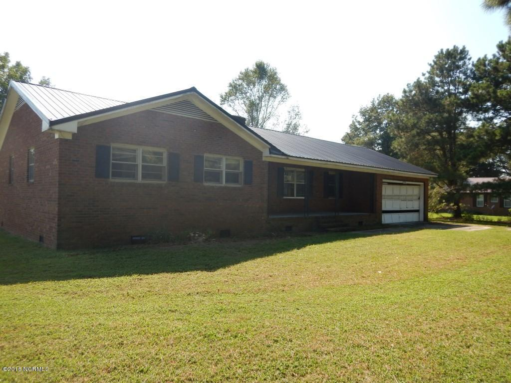 721 W Belvoir Road, Greenville, NC 27834 (MLS #100029155) :: Century 21 Sweyer & Associates