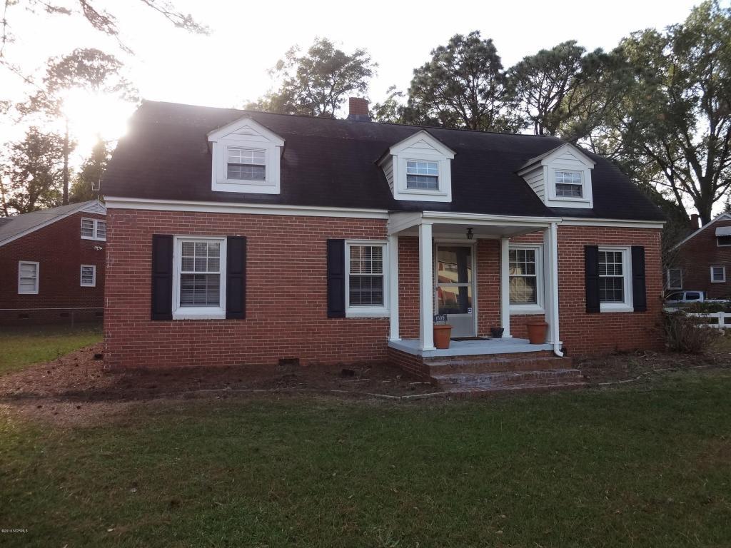 1009 N Overlook Drive, Greenville, NC 27858 (MLS #100029976) :: Century 21 Sweyer & Associates