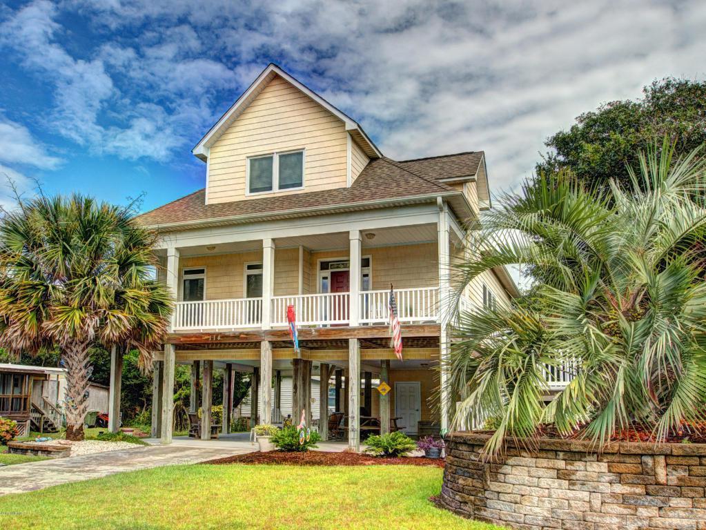 114 Mangrove Drive, Emerald Isle, NC 28594 (MLS #100030159) :: Century 21 Sweyer & Associates