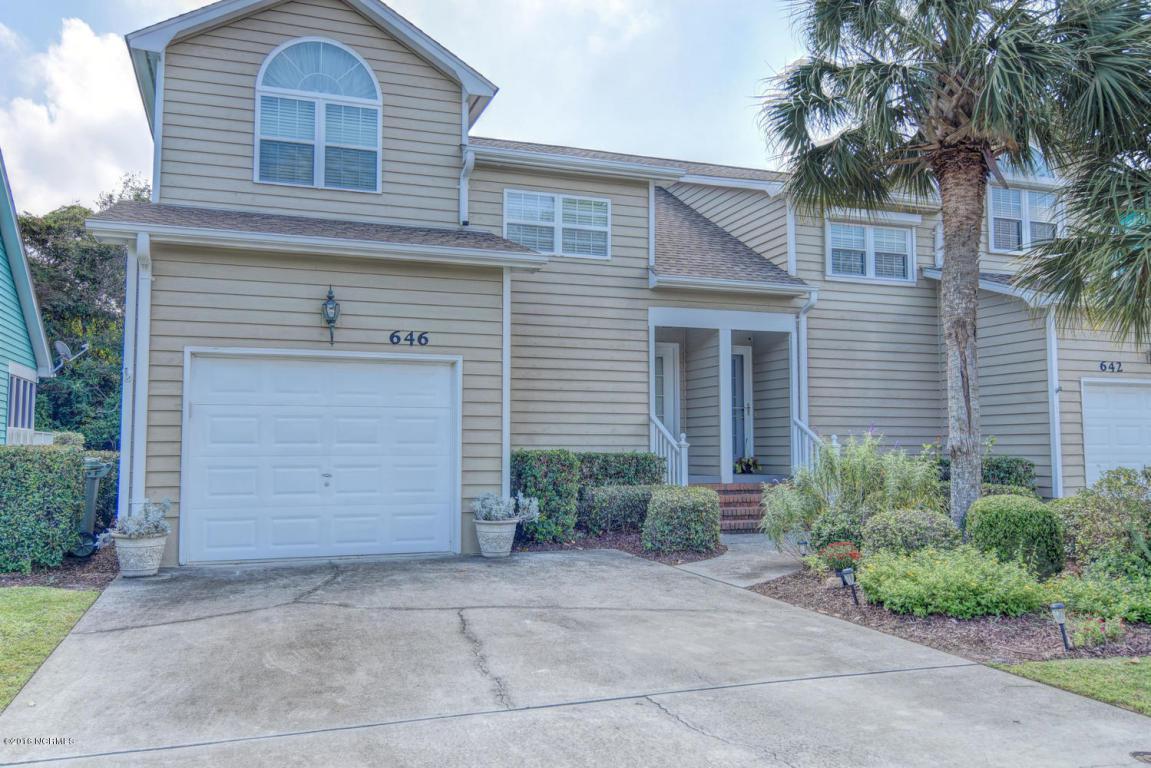 646 Sloop Pointe Lane, Kure Beach, NC 28449 (MLS #100030220) :: Century 21 Sweyer & Associates