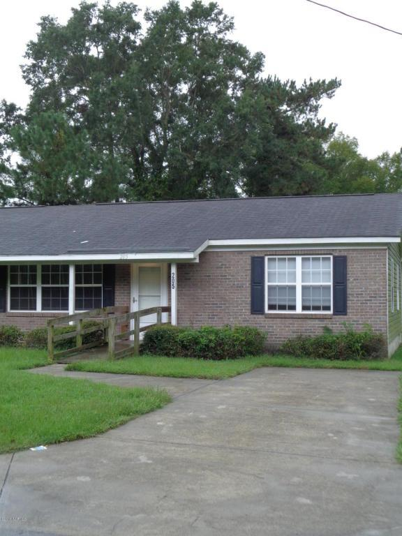 205 5th Avenue, Jacksonville, NC 28546 (MLS #100030237) :: Century 21 Sweyer & Associates