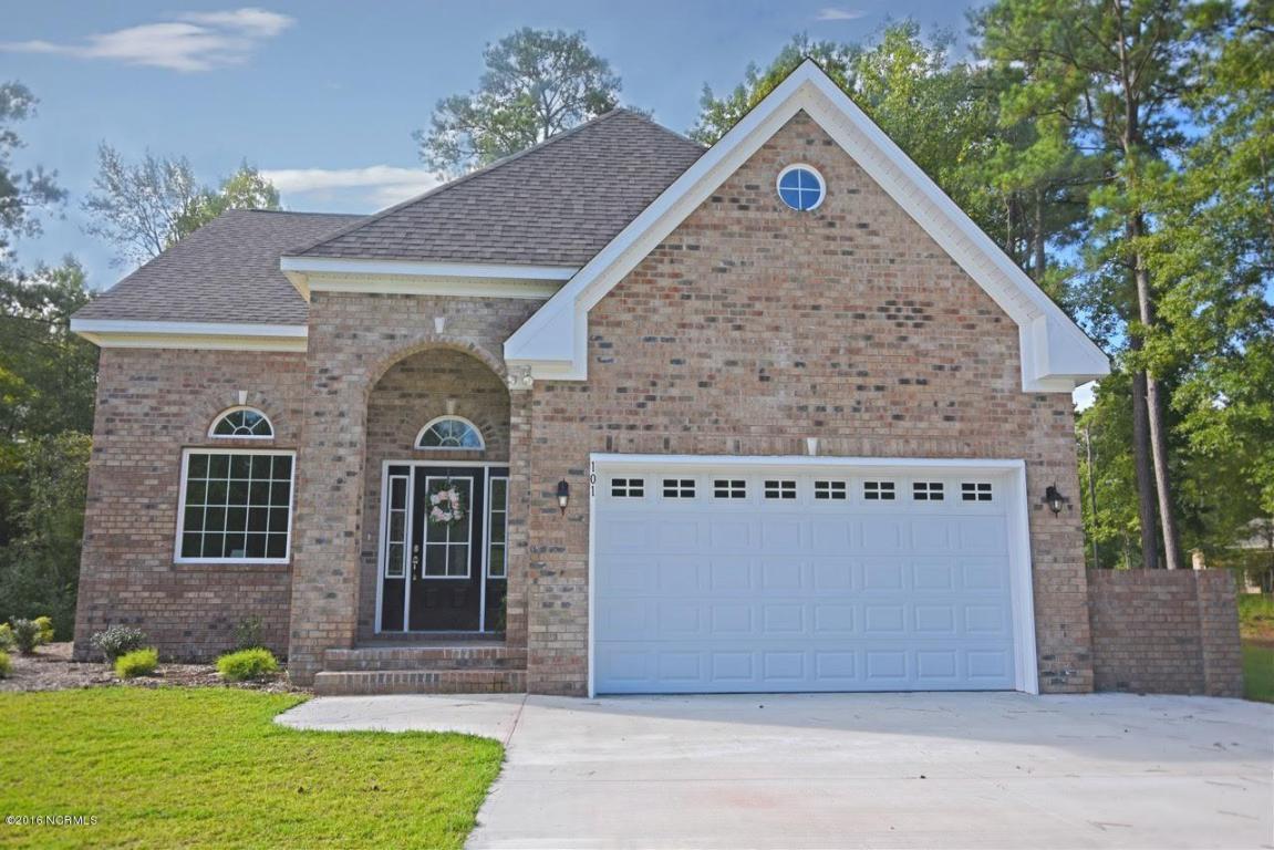 101 Pine Bluff Road, Swansboro, NC 28584 (MLS #100030275) :: Century 21 Sweyer & Associates