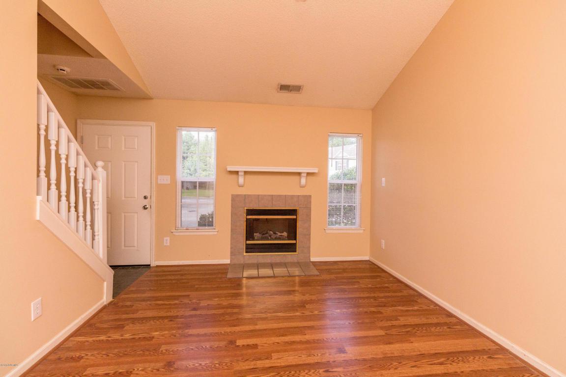 406 Meadowbrook Lane, Jacksonville, NC 28546 (MLS #100030292) :: Century 21 Sweyer & Associates