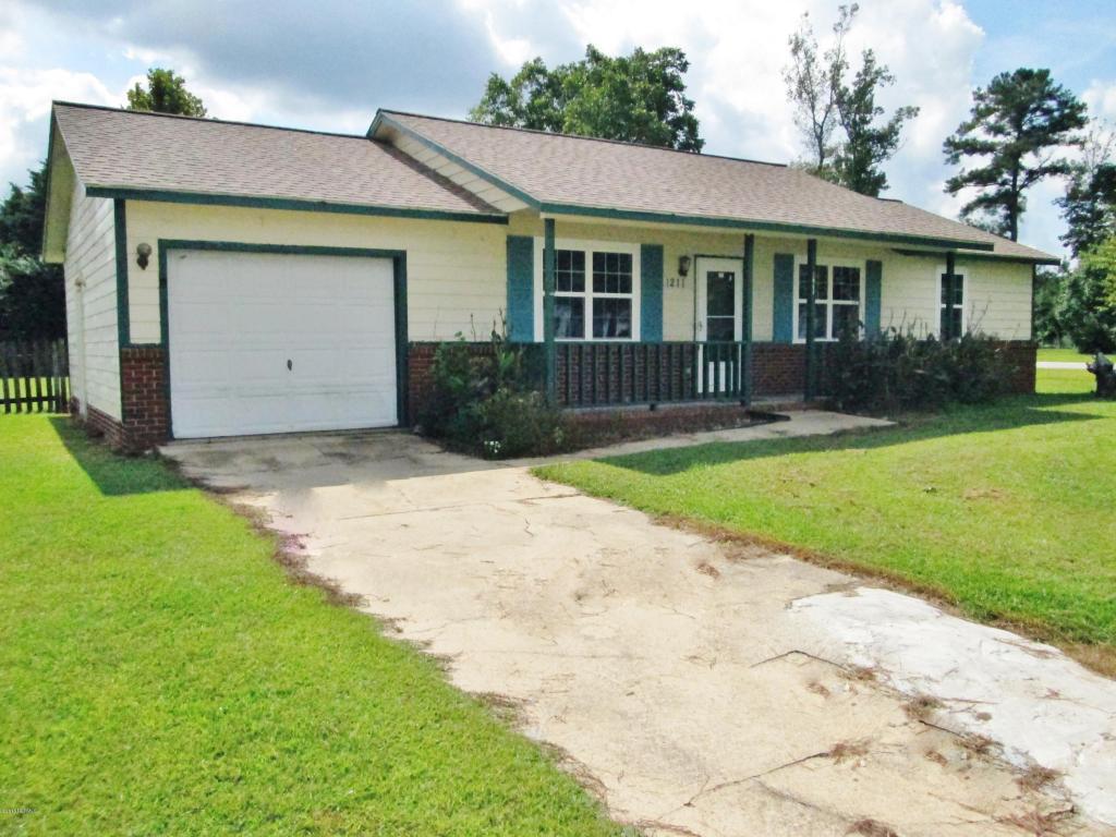 1211 Blue Creek Road, Jacksonville, NC 28540 (MLS #100031016) :: Century 21 Sweyer & Associates