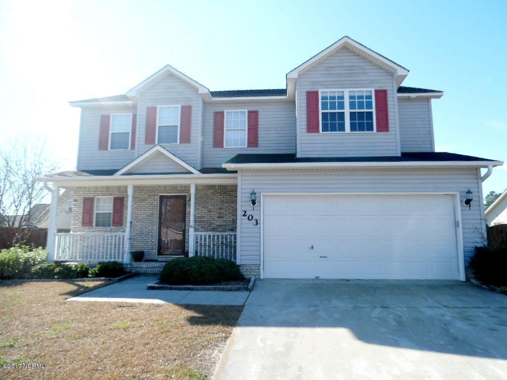 203 Edgefield Drive, Jacksonville, NC 28546 (MLS #100031868) :: Century 21 Sweyer & Associates
