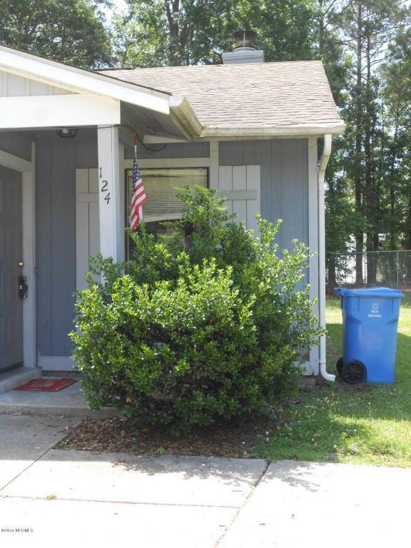 124 Twinwood Drive, Jacksonville, NC 28546 (MLS #100032462) :: Century 21 Sweyer & Associates