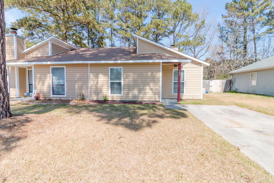 147 Village Circle, Jacksonville, NC 28546 (MLS #100032807) :: Century 21 Sweyer & Associates